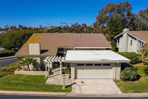 Photo of 5508 Caminito Herminia, La Jolla, CA 92037 (MLS # 210005038)