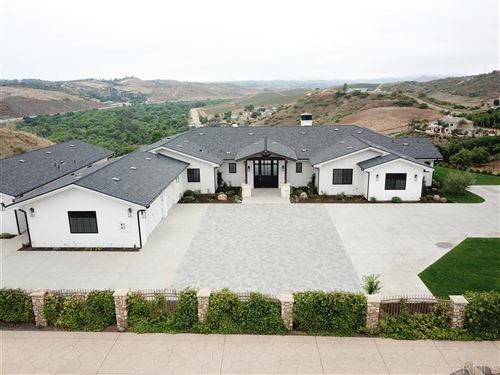 Photo of 30206 Au Bon Climat Ct, Bonsall, CA 92003 (MLS # 200028042)