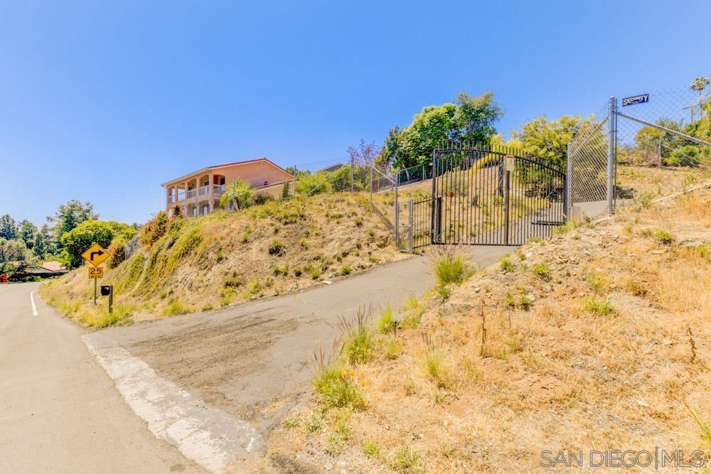 Photo of 9488 Edgewood Dr, La Mesa, CA 91941 (MLS # 210012044)