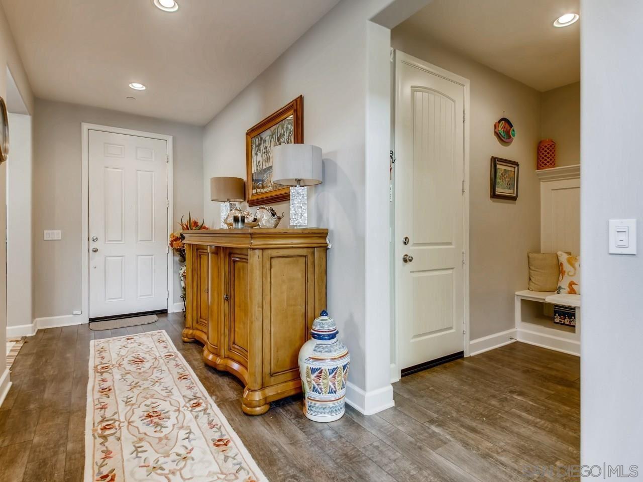 Photo of 1526 Avila Lane, Vista, CA 92083 (MLS # 200046048)
