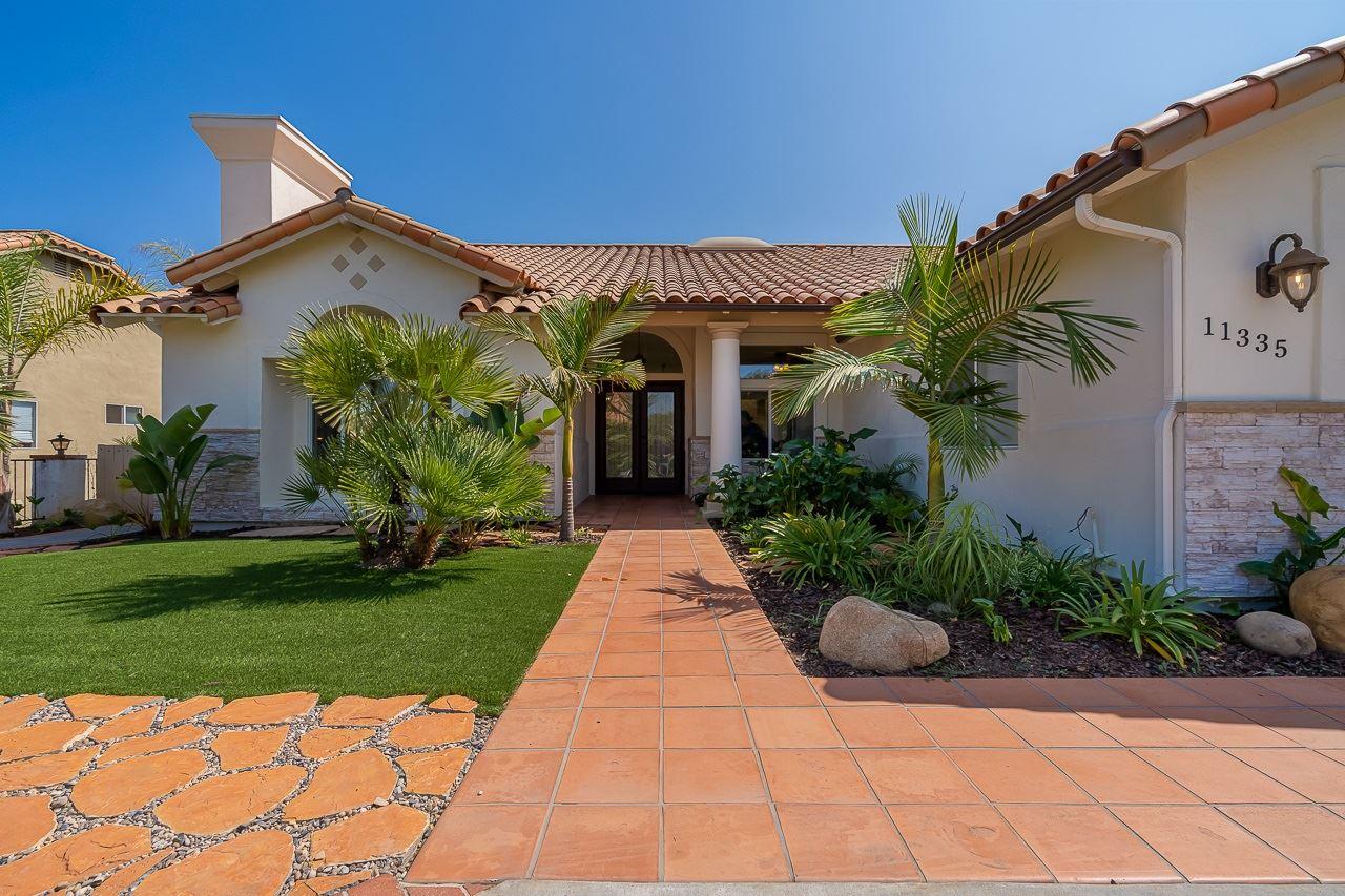 Photo of 11335 Shadow Ranch Rd, La Mesa, CA 91941 (MLS # 200046050)