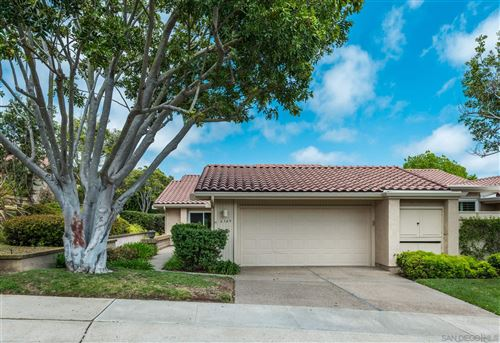 Photo of 6349 VIA CABRERA, LA JOLLA, CA 92037 (MLS # 200045054)