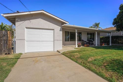 Photo of 1610 S Redwood Street, Escondido, CA 92025 (MLS # NDP2102056)