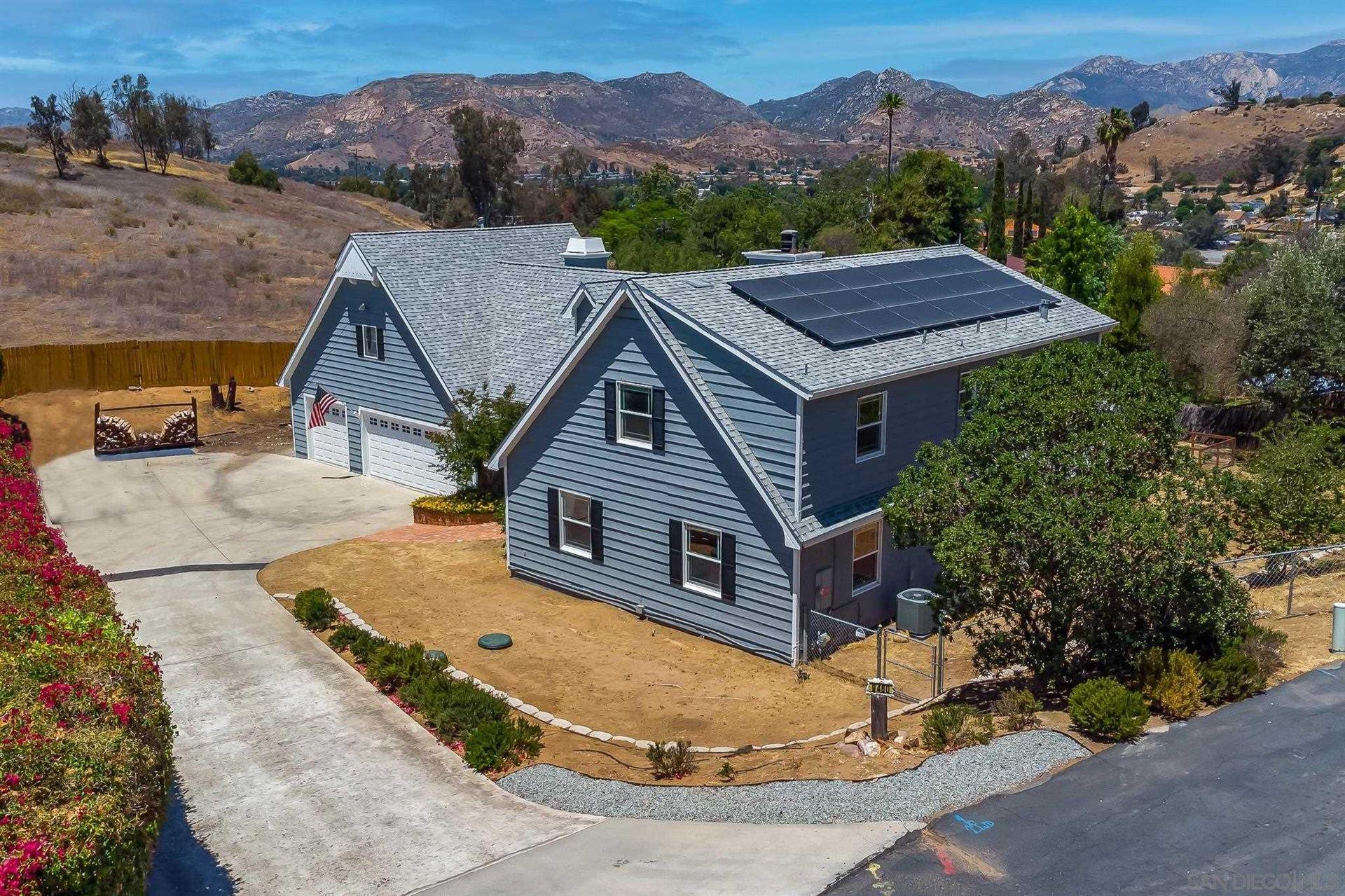 Photo of 9460 Rockcrest Ln, Lakeside, CA 92040 (MLS # 210016056)