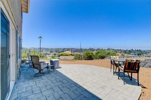 Photo of 664 Oceanview Drive, Vista, CA 92084 (MLS # 180053057)