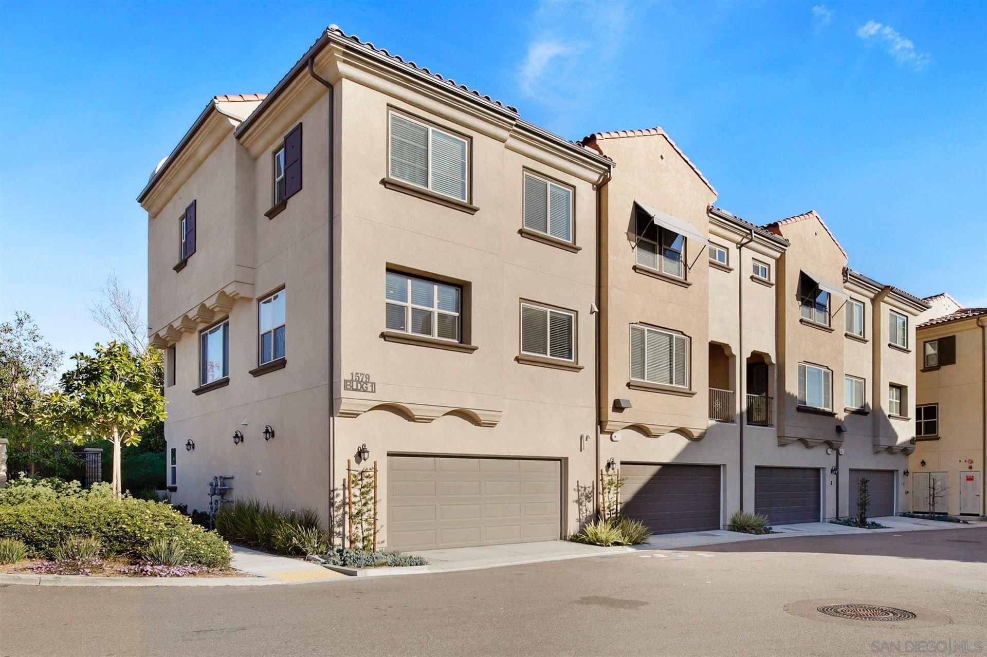 Photo of 1579 Castillo Way #1, Vista, CA 92081 (MLS # 210001060)