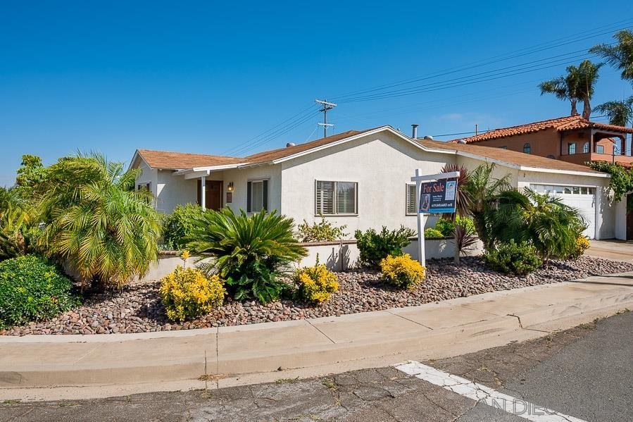 Photo of 3761 Oleander Dr, San Diego, CA 92106 (MLS # 200031073)