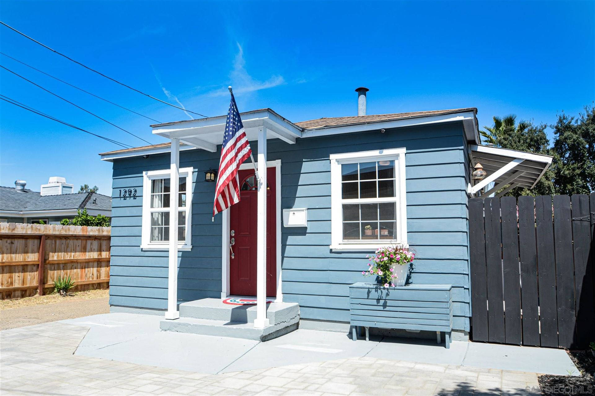 Photo of 1292 Naranca Ave, El Cajon, CA 92021 (MLS # 210009075)
