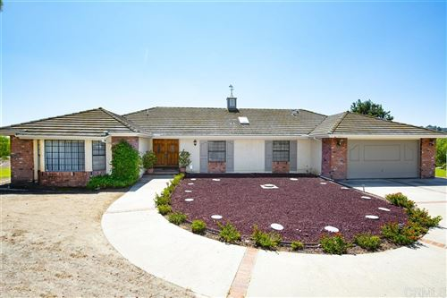 Photo of 9875 Rocky Ridge, Escondido, CA 92026 (MLS # 200043076)