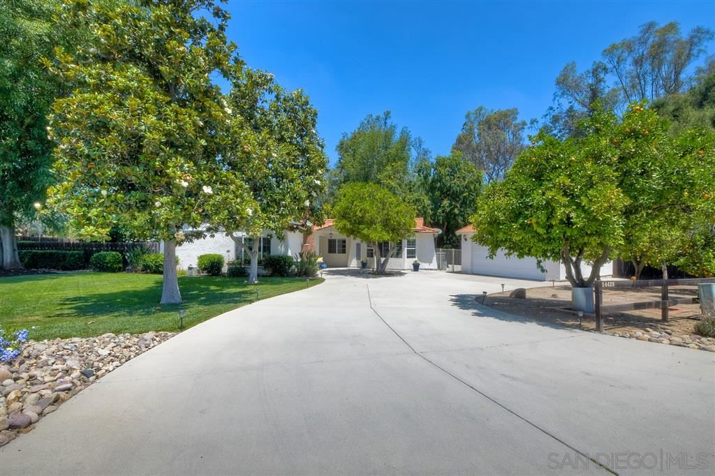 Photo of 14428 Range Park Rd, Poway, CA 92064 (MLS # 200029076)