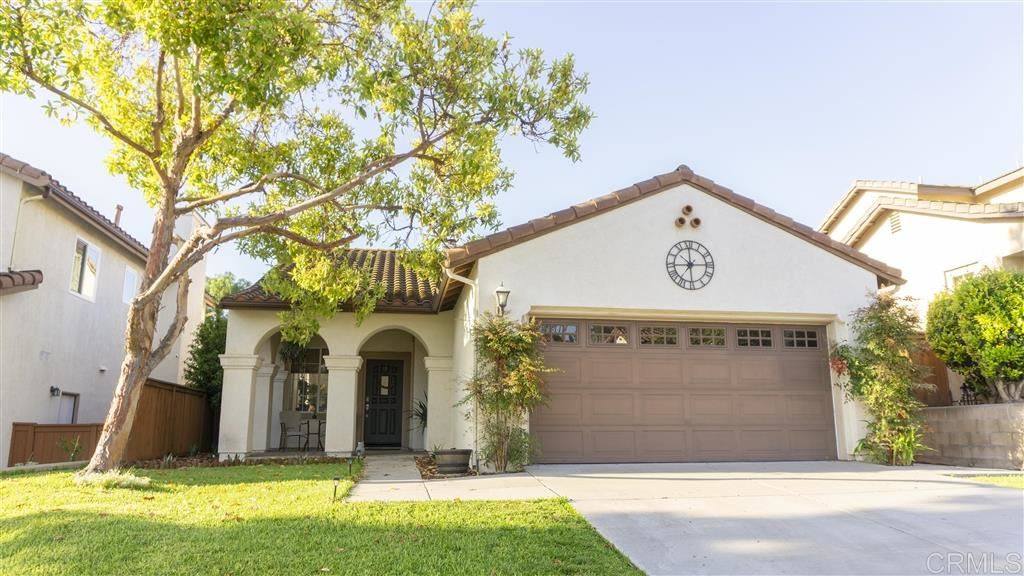 Photo of 2514 Saddlehorn Dr, Chula Vista, CA 91914 (MLS # 200031076)
