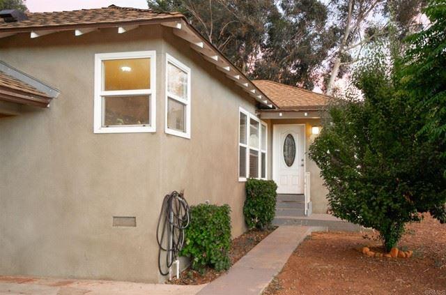 Photo of 12729 Casa Vista Road, Lakeside, CA 92040 (MLS # PTP2104078)