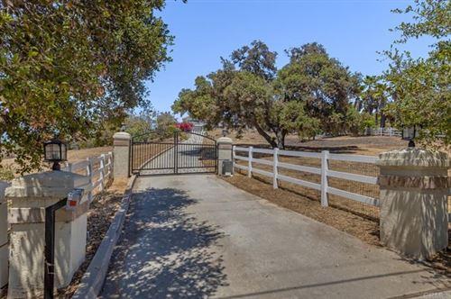 Photo of 2710 N Los Alisos Lane, Fallbrook, CA 92028 (MLS # NDP2105080)