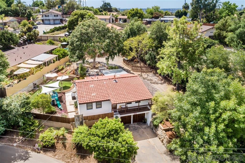 Photo of 1375 Clarence Dr., Vista, CA 92084 (MLS # 200023080)