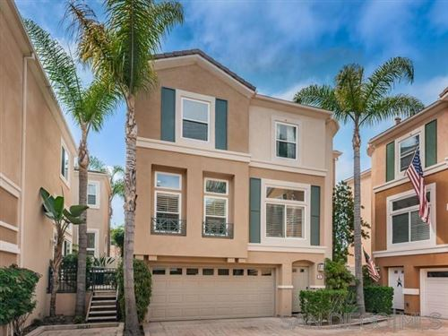 Photo of 12680 Carmel Country Road #18, San Diego, CA 92130 (MLS # 200003081)