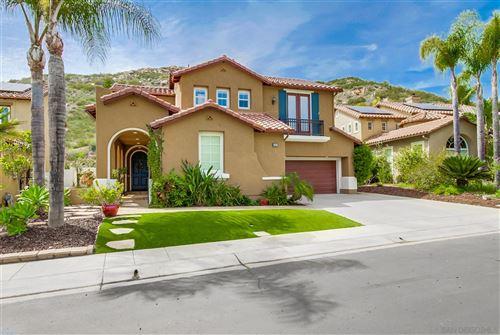 Photo of 3385 Wild Oak Ln, Escondido, CA 92027 (MLS # 210010085)