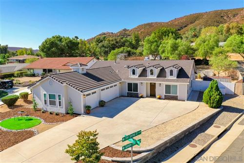 Photo of 16352 Oakley Rd, Ramona, CA 92065 (MLS # 200050087)