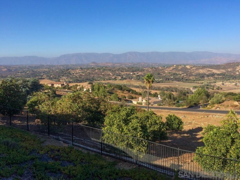 Photo of 27325 Red Ironbark, Valley Center, CA 92082 (MLS # 210015088)