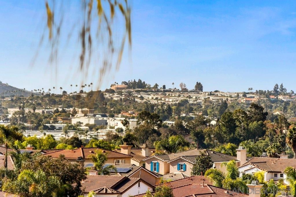 Photo of 728 Via Barquero, San Marcos, CA 92069 (MLS # 210001094)