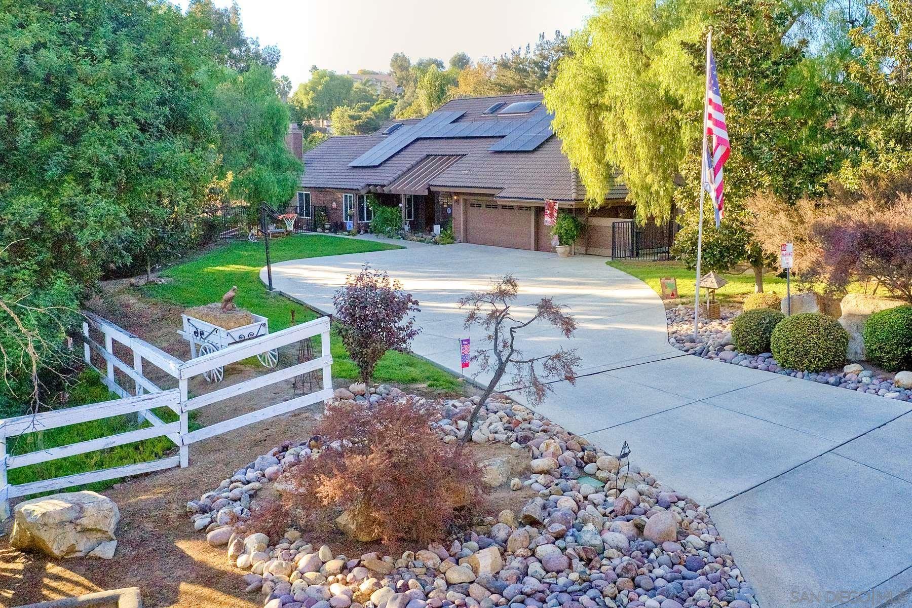 Photo of 14248 Ipava Drive, Poway, CA 92064 (MLS # 210001098)
