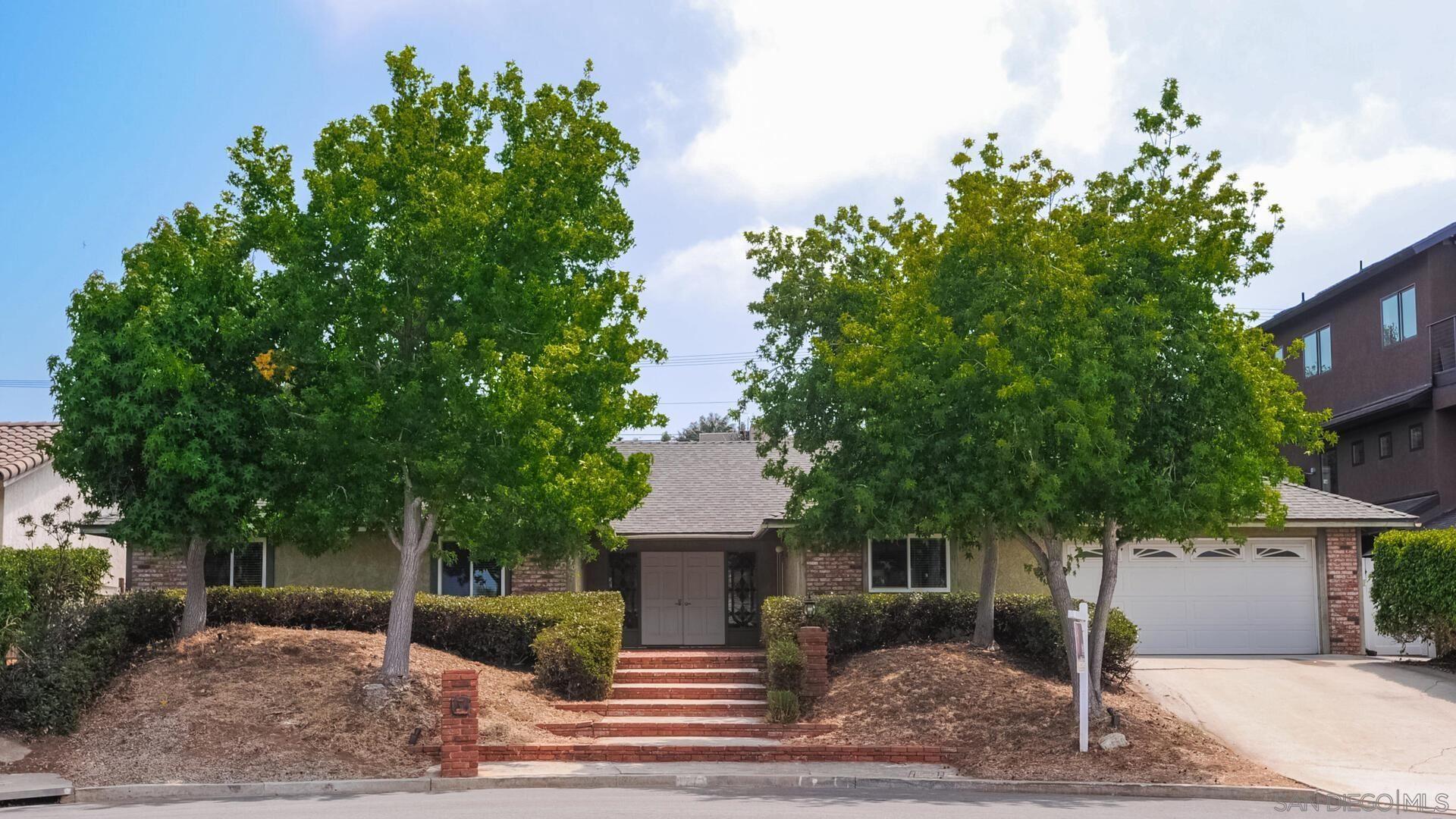 Photo of 1770 Terraza St, Oceanside, CA 92054 (MLS # 210020106)