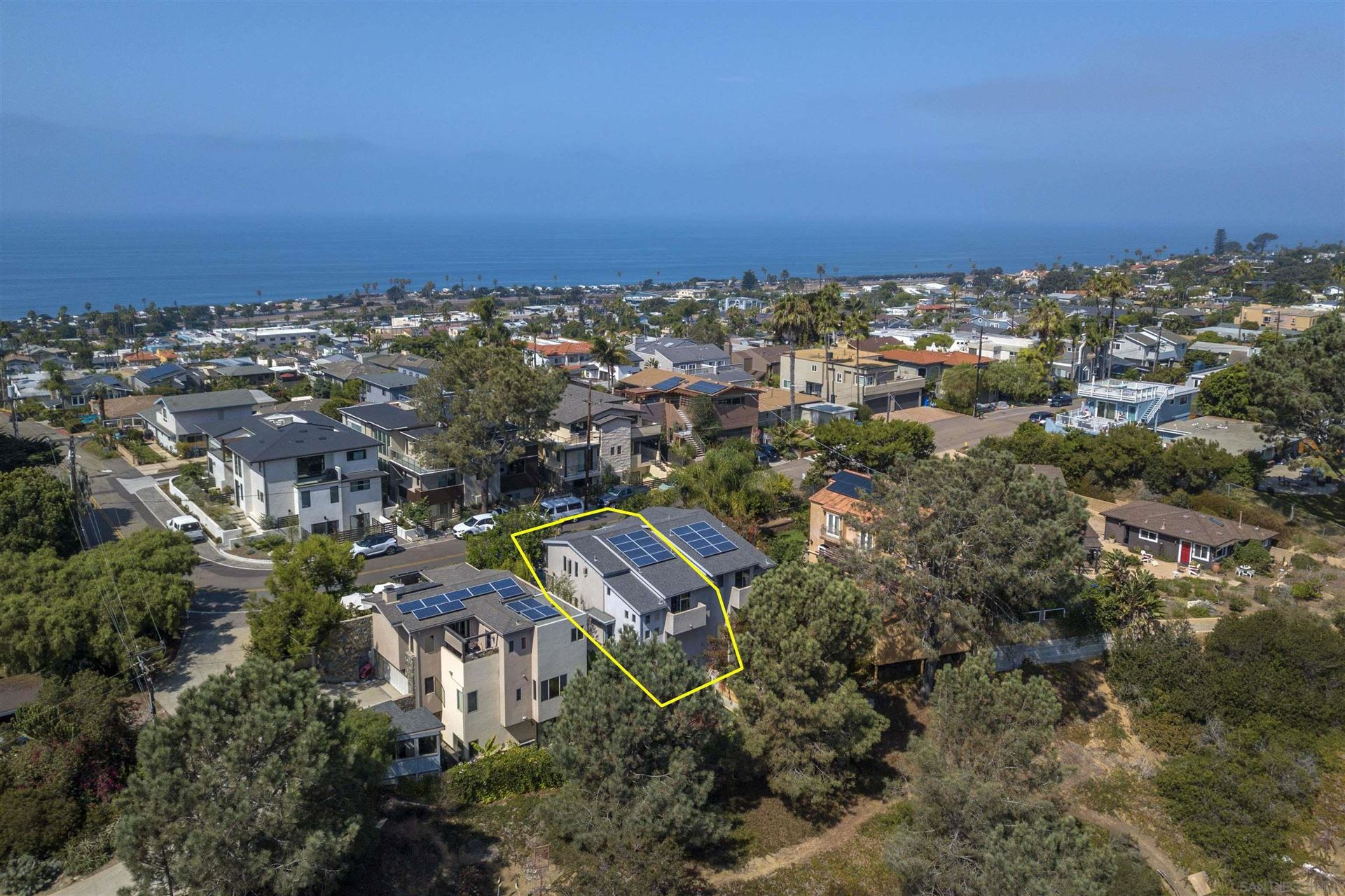 Photo of 2179 Glasgow Ave, Cardiff By The Sea, CA 92007 (MLS # 210028106)