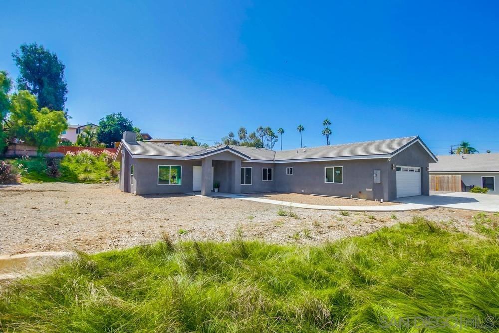Photo of 1525 Vale Terrace Dr, Vista, CA 92084 (MLS # 200046107)