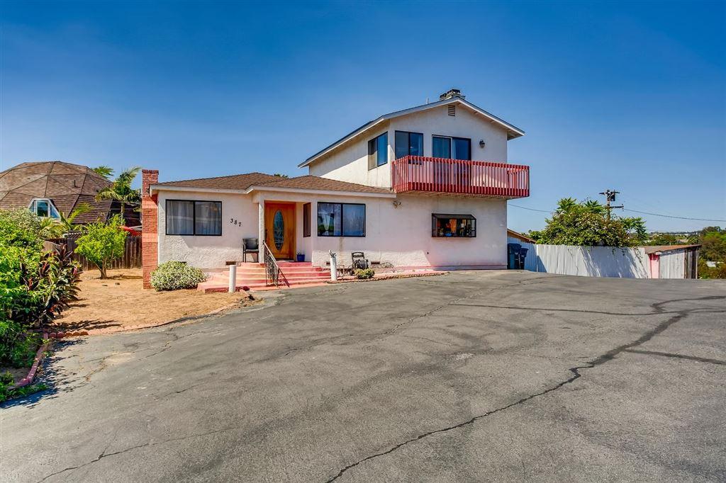 Photo of 387 Ocean View Ave, Encinitas, CA 92024 (MLS # 200022108)
