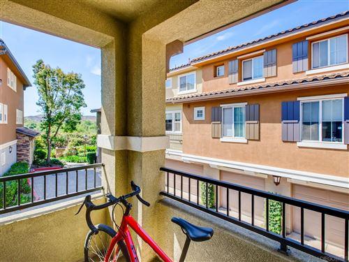 Tiny photo for 81 Via Sovana, Santee, CA 92071 (MLS # 210016109)