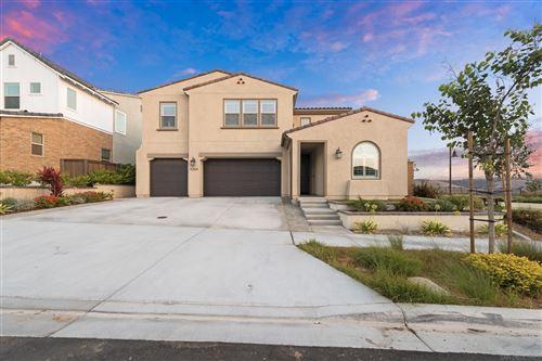 Photo of 1064 Camino Cantera, Chula Vista, CA 91913 (MLS # 210025111)