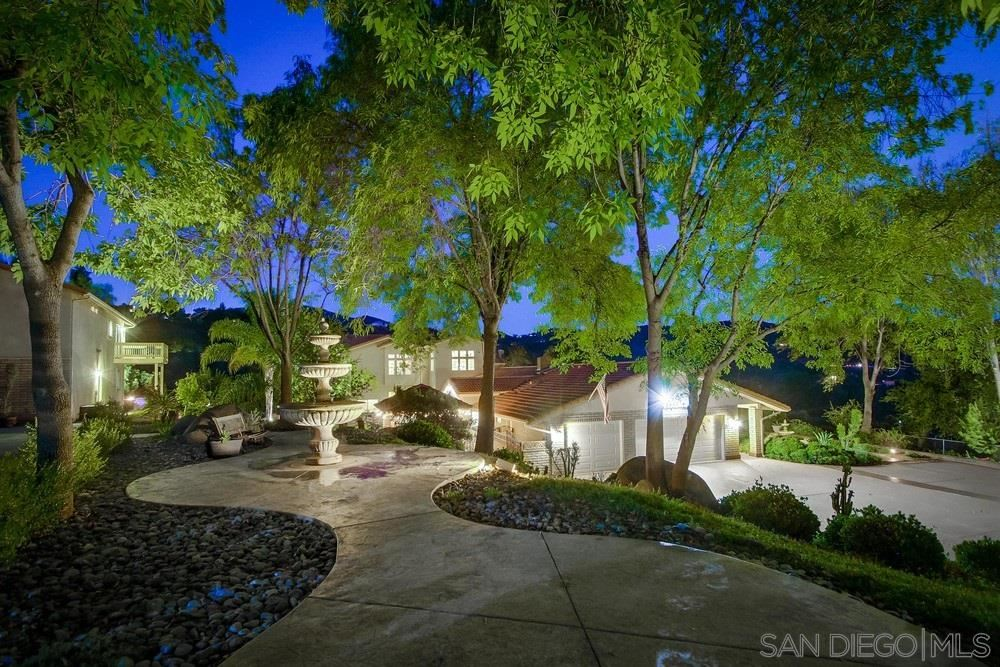 Photo of 3150 Via Viejas, Alpine, CA 91901 (MLS # 200047111)
