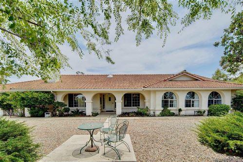 Photo of 9771 Kiwi Meadow Lane, Escondido, CA 92026 (MLS # 210021113)