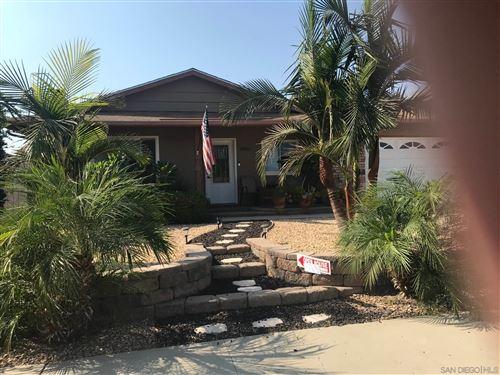 Photo of 10025 Stanley Court, Santee, CA 92071 (MLS # 200049114)