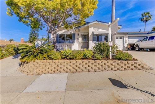 Photo of 3166 Buena Hills Dr., Oceanside, CA 92056 (MLS # 200054118)