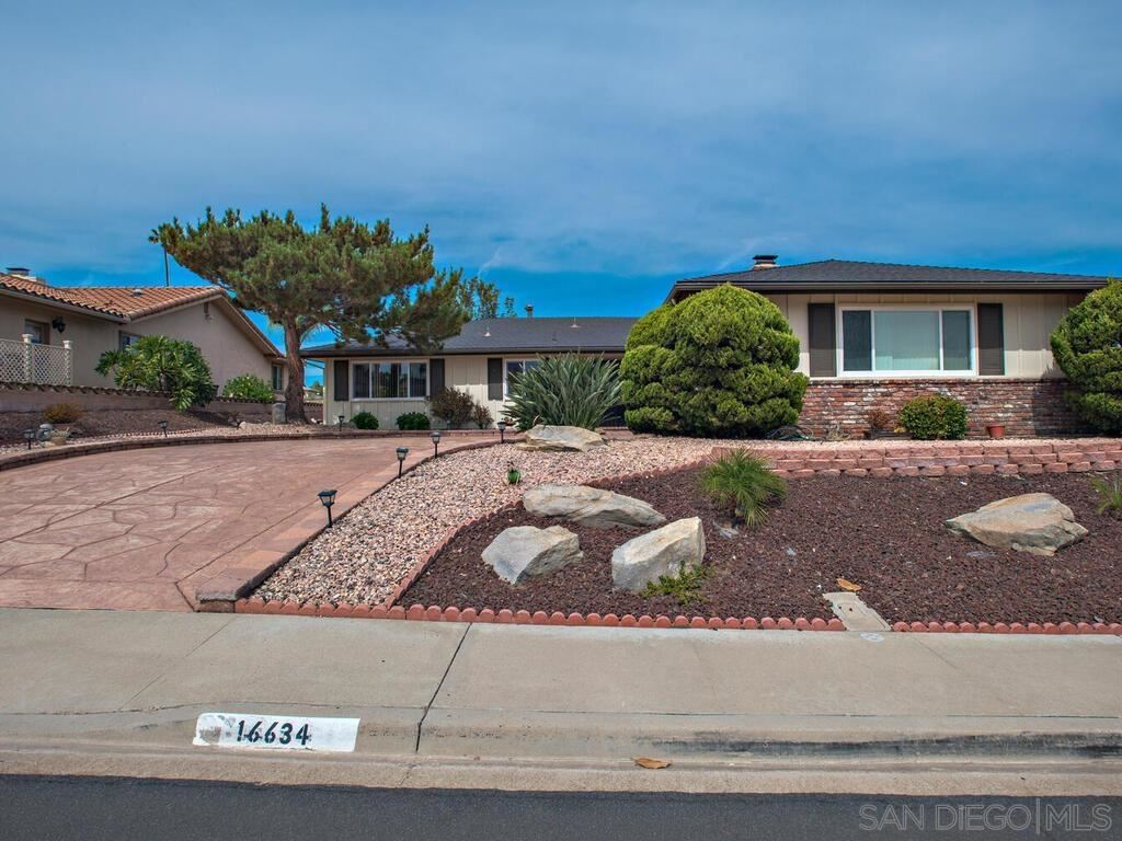 Photo of 16634 San Salvador Rd, San Diego, CA 92128 (MLS # 210028119)