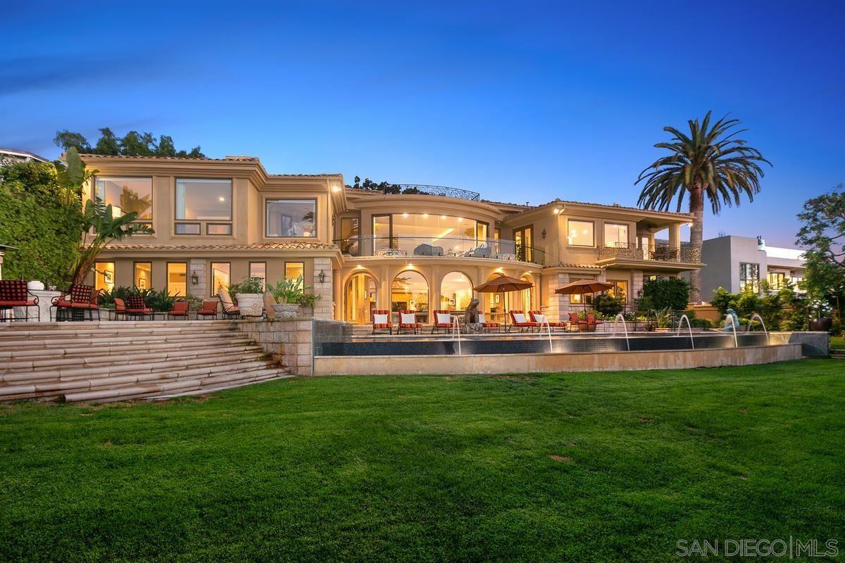 Photo of 6625 Muirlands Drive, La Jolla, CA 92037 (MLS # 210026120)