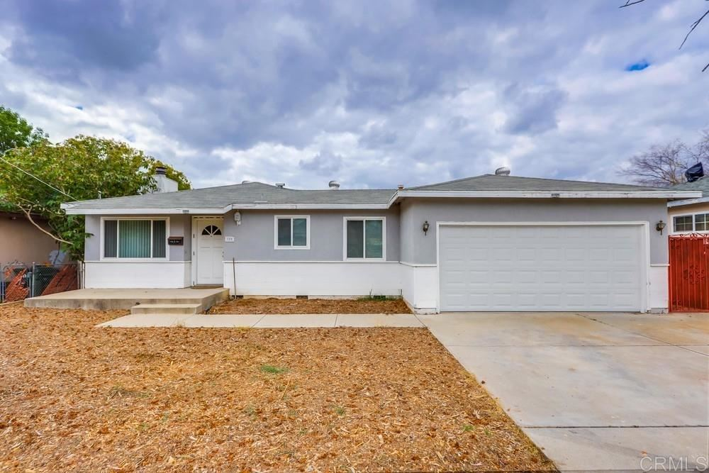 Photo of 729 N Midway Dr, Escondido, CA 92027 (MLS # 200016121)