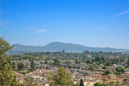 Photo of 2051 Earl Gln, Escondido, CA 92026 (MLS # 210029122)