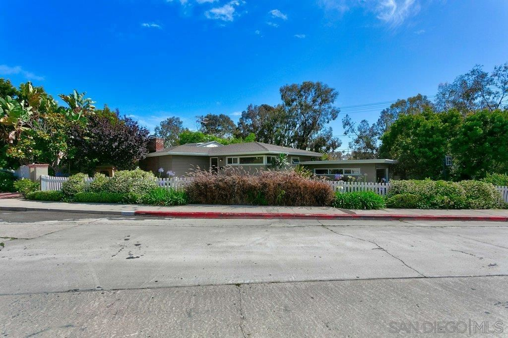 Photo of 505 Via Del Norte, La Jolla, CA 92037 (MLS # 210026122)