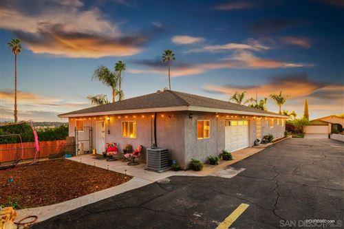 Photo of 1118 N Rose St, Escondido, CA 92027 (MLS # 200052127)
