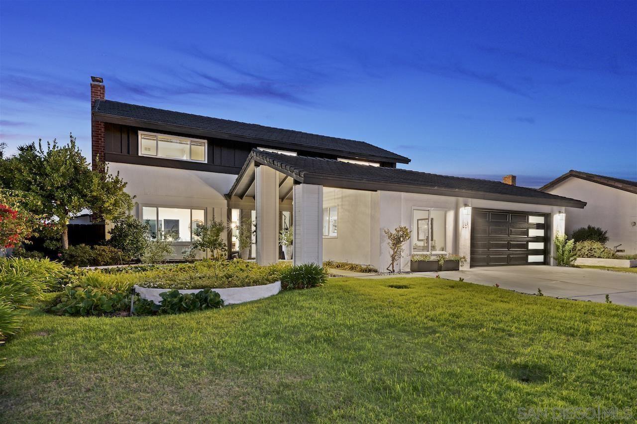 Photo of 651 Solana Hills Ct, Solana Beach, CA 92075 (MLS # 210028130)