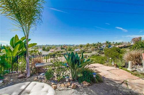 Photo of 224 W Village Run, Encinitas, CA 92024 (MLS # 200008134)