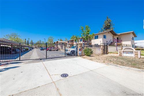 Photo of 240 W W Lincoln Ave #15, Escondido, CA 92026 (MLS # 210013141)