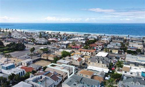 Photo of 828-830 ISLAND COURT, San Diego, CA 92109 (MLS # 210029142)