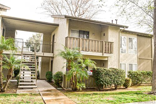 Photo of 2550 White Oak Pl #4, Escondido, CA 92027 (MLS # 200054145)