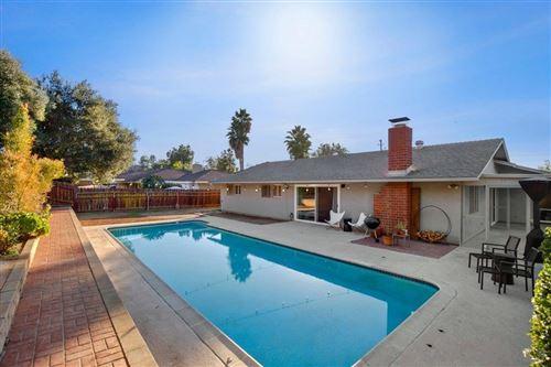 Photo of 1344 Los Conejos Rd, Fallbrook, CA 92028 (MLS # 200053148)