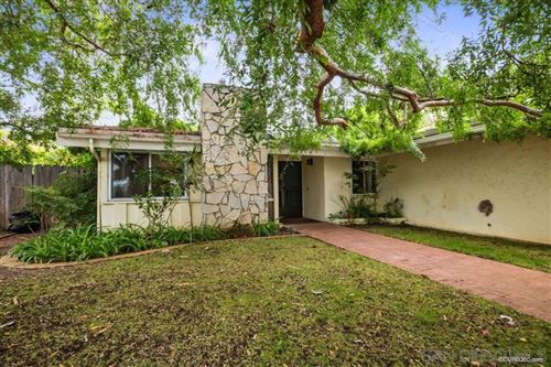 Photo of 4922 Pacifica Dr, San Diego, CA 92109 (MLS # 200030149)