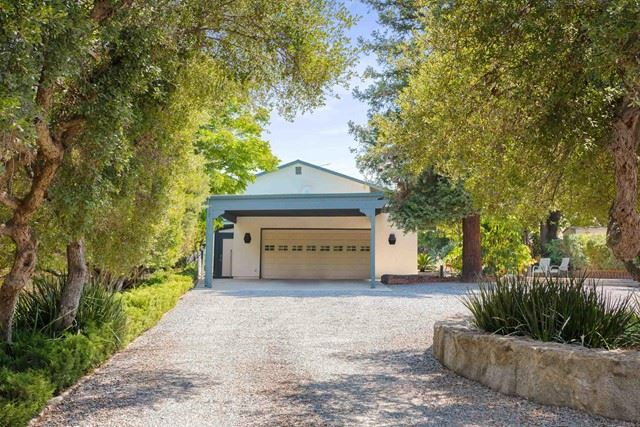Photo of 19071 Paradise Mountain Dr, Valley Center, CA 92082 (MLS # NDP2110151)
