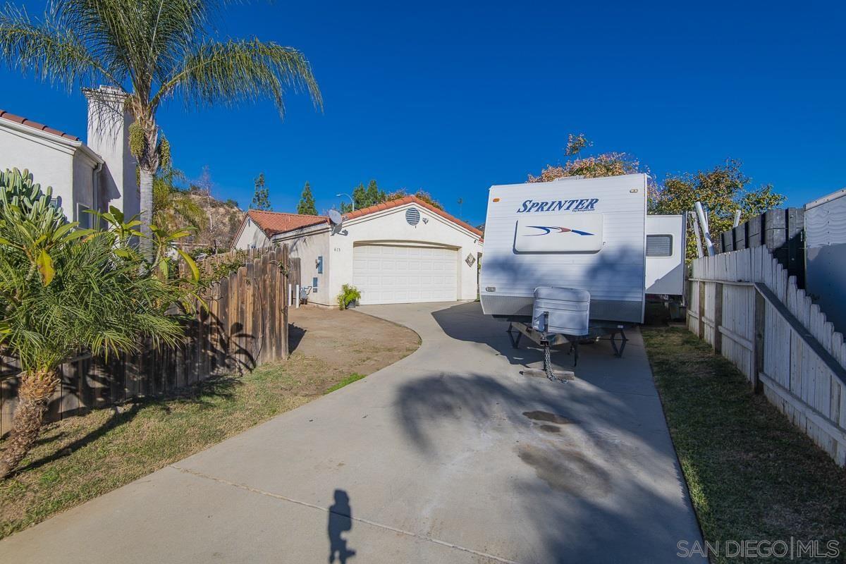 Photo of 613 Iona, Escondido, CA 92027 (MLS # 210001154)