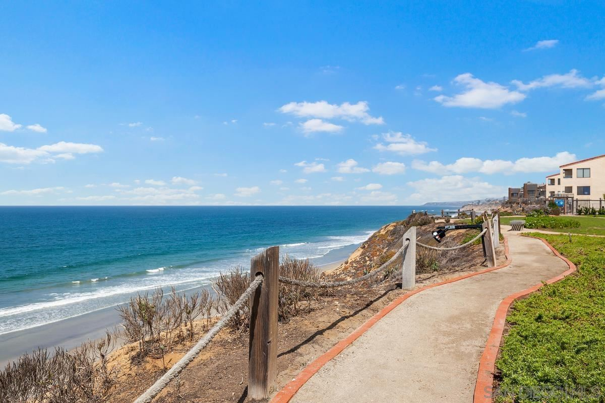 Photo of 521 S Sierra #176, Solana Beach, CA 92075 (MLS # 210025155)